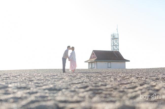 Toronto Maternity Photography by www.boygirlphotography.com