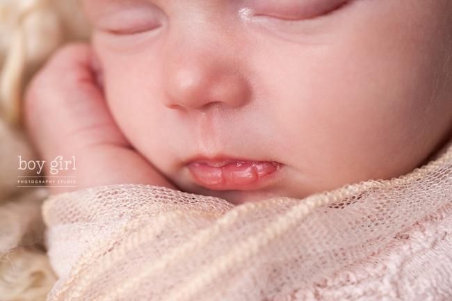 Toronto Newborn Photographer www.boygirlphotography.com